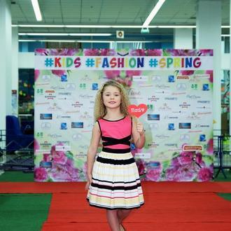 Платье от дизайнера для девочки