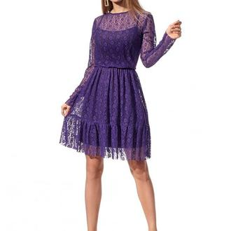 Шикарное платье из гипюра полуприлегающего силуэта