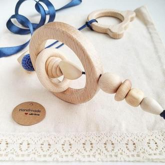 Развивающая игрушка/погремушка подвеска с 0+