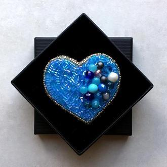 Брошка Сердце Брошь из бисера и кристаллов Голубая брошка Подарок для девушки