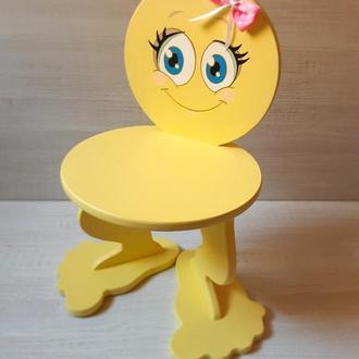 """Детский стульчик """"Смайлик"""" без острых углов"""