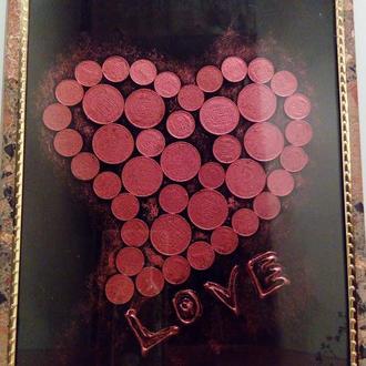 Картина из монет сердце