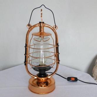 Настольная лампа Летучая мышь, поталь медь.