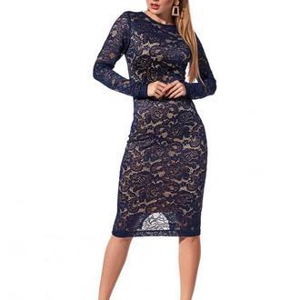 Платье женское из гипюра приталеное