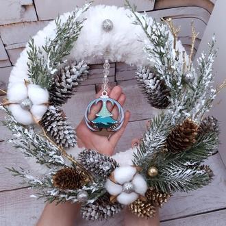 "Новогодний венок ""Снежный дар"" Диаметр 30 см"