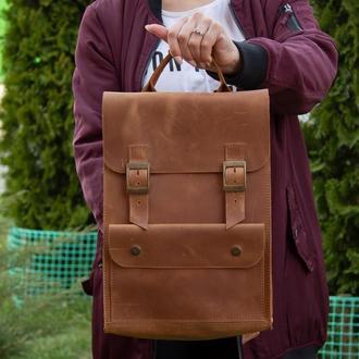 Стильний шкіряний рюкзак на пряжках