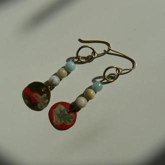Сережки з холодною емаллю і натуральними каменями
