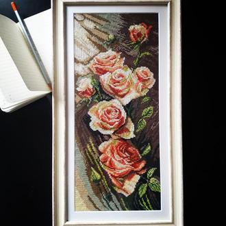 """Картина """"Троянди"""", вышитая крестиком, в рамке"""