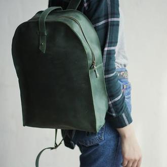 Зеленый кожаный рюкзак на кобурной застежке