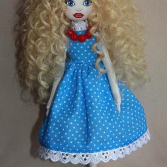 Текстильная интерьерная куколка.