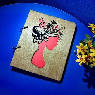 """Деревянный блокнот А5 """"Девушка-весна"""" (на кольцах с ручкой), ежедневник, планер"""