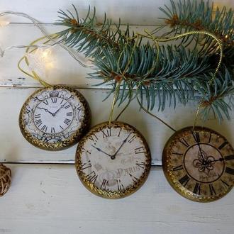 Набор новогодних игрушек на елку - винтажные часы