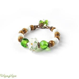 Браслет «Летние секреты» белый зеленый лэмпворк