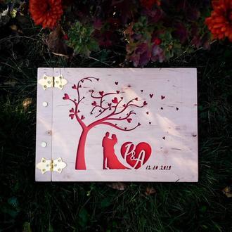 Альбом для фото з вашими ініціалами |(подарок на свадьбу, подарок на годовщину фотоальбом из дерева)