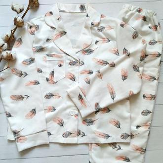 Теплая пижама с рубашкой в пёрышки