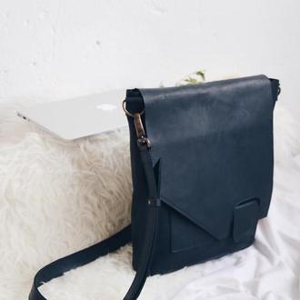 Кожаная сумка черная на скрытом магните мужская