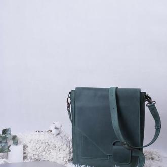 Кожаная зеленая сумка-мессенджер на скрытом магните