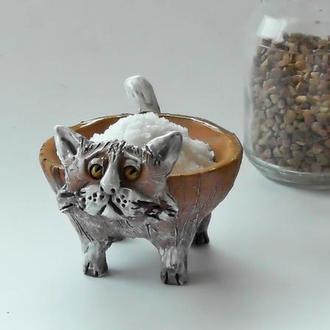 Солонка в виде кота керамическая