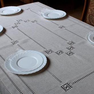 Льняная скатерть  с салфетками  в технике хардангер