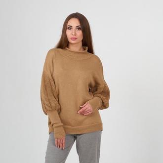 Женский бежевый свитер в стиле бохо из мериноса