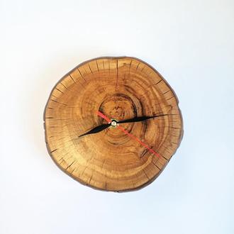 Оригинальные часы из дерева 17 см