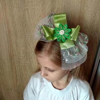 Новогодний ободок с бантом на праздник Обруч к костюму Ёлочки Украшение на голову на утренник