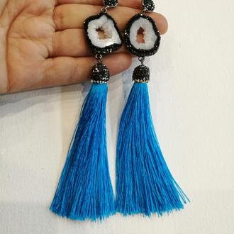 Голубые серьги кисточки