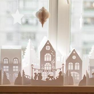 Новорічне містечко із паперу. Комплект для збірки.
