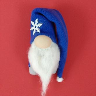 Гномик магнит в синей шапке