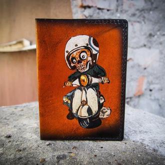 Обложка на паспорт на мопеде, череп, скелет, обложка для мотоциклиста, подарок мотоциклисту