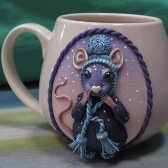 Чашка с декором Крыса