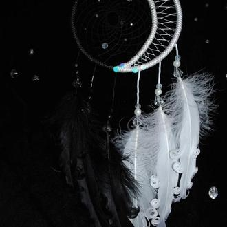 Ловец снов черно-белый