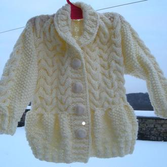 Пальто-кофта для девочки