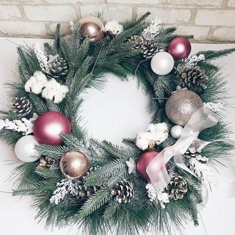 Новогодний венок «Нежность»