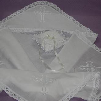 Крестильный комплект (крыжма, подушечка для крестика, туфельки)
