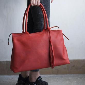 Женская красная кожаная сумка с двумя ручками