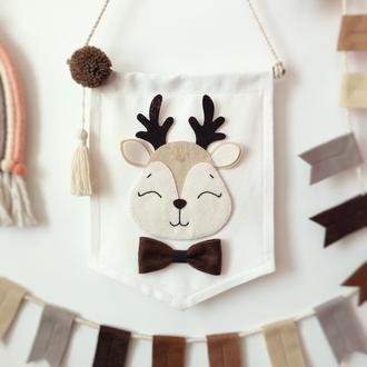 Настенный декор флажок с оленёнком в детскую комнату