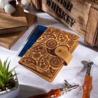 "Кожаное портмоне для паспорта / ID документов HiArt PB-03S/1 Shabby Honey ""Buta Art"""
