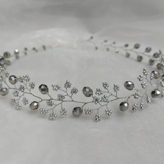 Украшение в прическу венок из бусин серебро  свадебное украшение