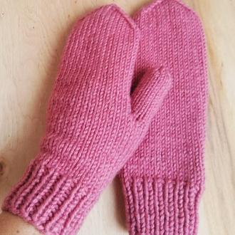 Варежки рукавички вязаные спицами - шикарный оттенок пыльная роза