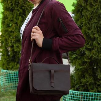 Кожаная сумка на скрытом клапане женская