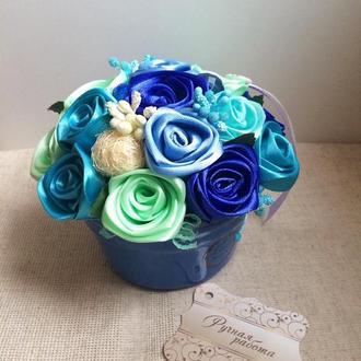 Атласные розы в керамике