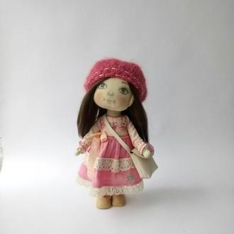 Кукла текстильная интерьерная игровая сшита из хлопка
