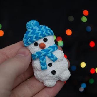 Зимняя брошь снеговик, снеговичок подарок на новый год