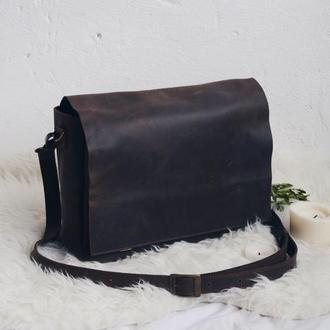 Кожаная сумка на плечевом ремне коричневая