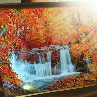 """Картина бісером """"Осінній водоспад"""""""