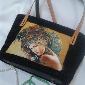 Стильная вязаная сумка с принтом  Дива
