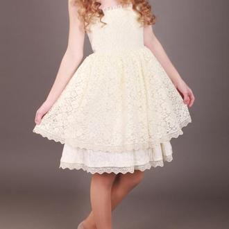 Выпускное платье для девочки от дизайнера