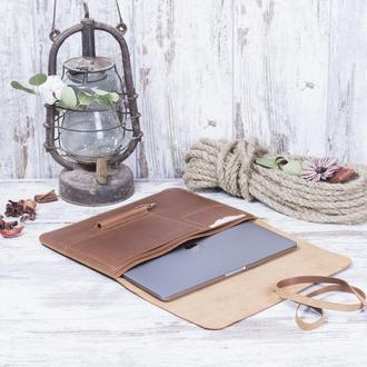 Кожаный чехол для ноутбука на ремешке
