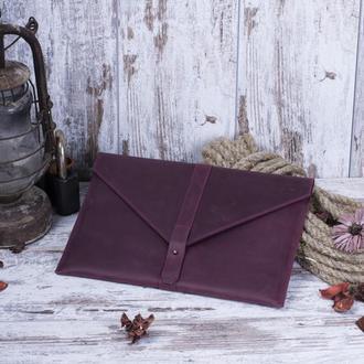 Кожаный бордовый чехол для Macbook на кобурной застежке